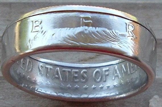 2002 Kennedy Half Dollar Coin Ring in a size 10