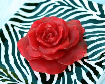 Red Soap Rose, Rose Scented