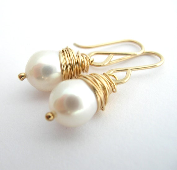 Bridal Wedding Earrings,  AA Fresh Water Pearl Gold