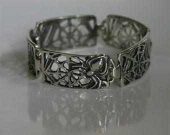 Spider Web Link Bracelet
