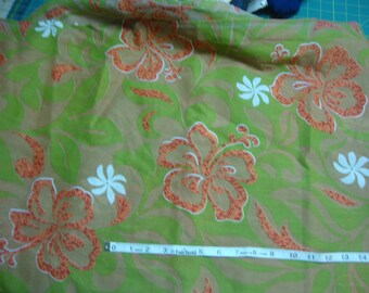 Vintage Large Floral Cotton Print fabric yardage 3 yds 35 in wide