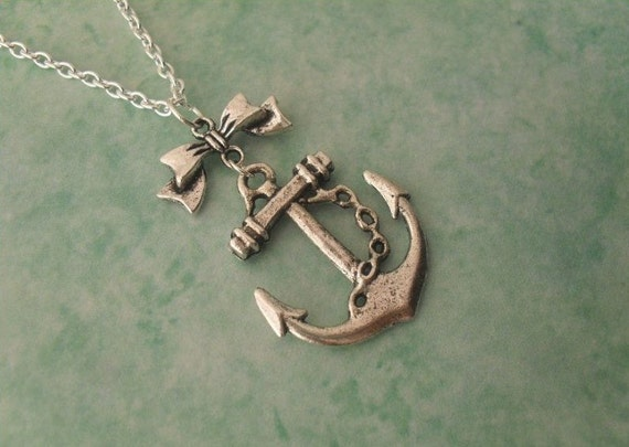 Anchor under Bow necklace