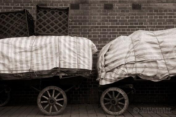 Wagon wheels 8x12 art photo print, Dickensian London carts