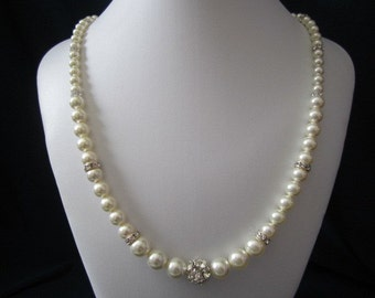 Classic bridal or bridesmaid necklace with swarovski pearls and rhinestones