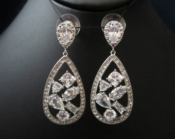 Bridal earrings, wedding earrings, fasion earrings, CZ earrings, cubic zirconia earrings, wedding jewelry, bridal jewelry