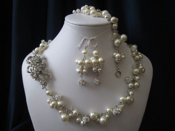 LIZ SET wedding jewelry, bridal jewelry, pearl necklace, bracelet, earrings, swarovski pearls, crystals, rhinestones brooch