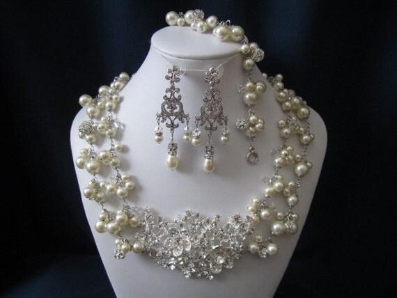 ROYALTY COLLECTION wedding jewelry, bridal jewelry set, pearl necklace, bracelet, earrings, swarovski pearls, crystals, rhinestones brooch