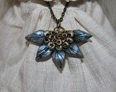 Blue NECKLACE for Blythe