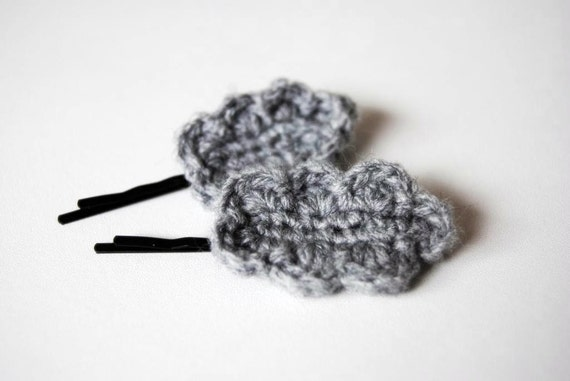 SALE - 50 % - Set of 2 Bobby pins with grey crocheted cloud ready to ship