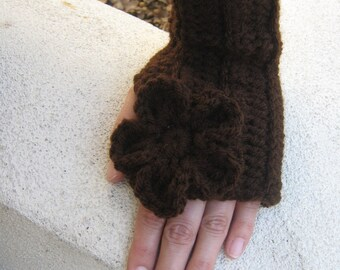 Ribbed Fingerless Gloves With Flower in Chocolate