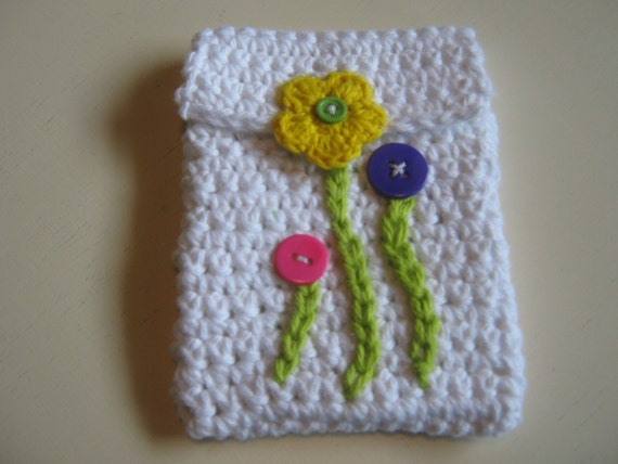 Spring Day Gadget Case in White Cotton with Snap