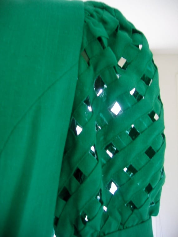 The Most Insane Green Dress Ever, Size M-L