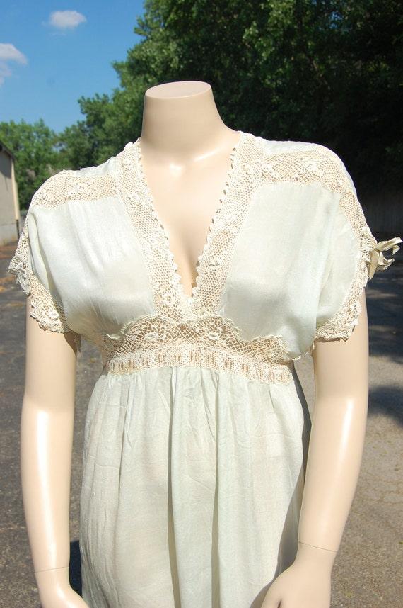 Feminine PLUS SIZE Vintage Edwardian silk and lace Night Gown blue XL