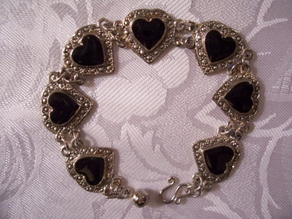 Black Heart Bracelet Silver Tone Vintage Chain Links Marcasite Raised Design