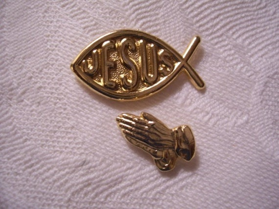 Fish Praying Hands Tac Pin Brooches Gold Tone Vintage Religious Jesus Symbols
