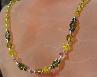 Bright Yellow Elegant Necklace
