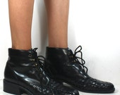 Vintage grunge granny barn boot womens black oxford pixie lace up woven 8 M B