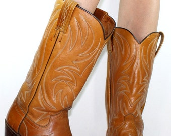 Vintage brown low heel cowboy Wranger knee high tall Leather fashion boots western womens 10.5 mens 9 D