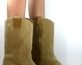 Vintage Nacona soft cowboy tan bone low heel mid calf western womens Leather boots womens 9 B M
