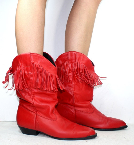 Vintage INDIAN southwest mid calf durango ankle TASSEL leather moccasins FRINGE red 9 M B