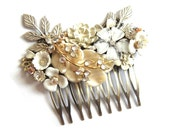Bridal hair comb - vintage wedding - shabby chic in ivory white and champagne - bridesmaids gift