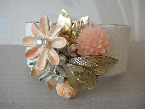 SALE 50% Off -Bridal bracelet shabby chic romantic vintage style in a nice peach / salmon colour