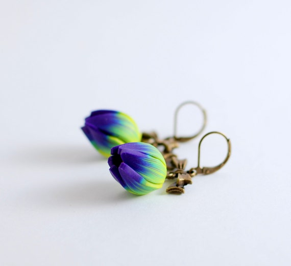 Beaded earrings - Turquoise blue, wasaby green and purple flower tulip with vintage bronze bow - ready to ship
