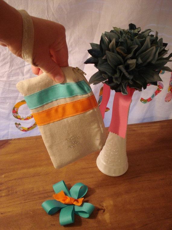 SAMPLE SALE - M practical bridesmaid wristlet gadget bag - rhinestone & ribbons - padded zipper pouch