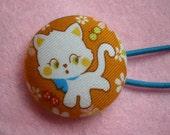 white kitty pony o