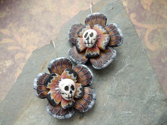 Flower Skull earrings 1- Day of the dead