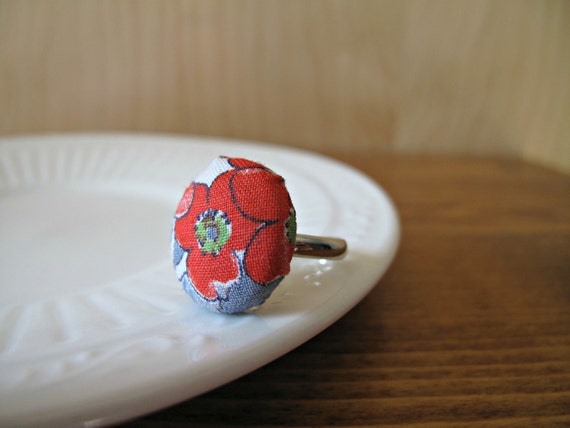 All Buttoned Up: fabric-covered button ring made with vintage fabric - red and blue flowers