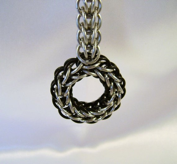 Black & Bright Aluminum Circle Chainmaille Keychain