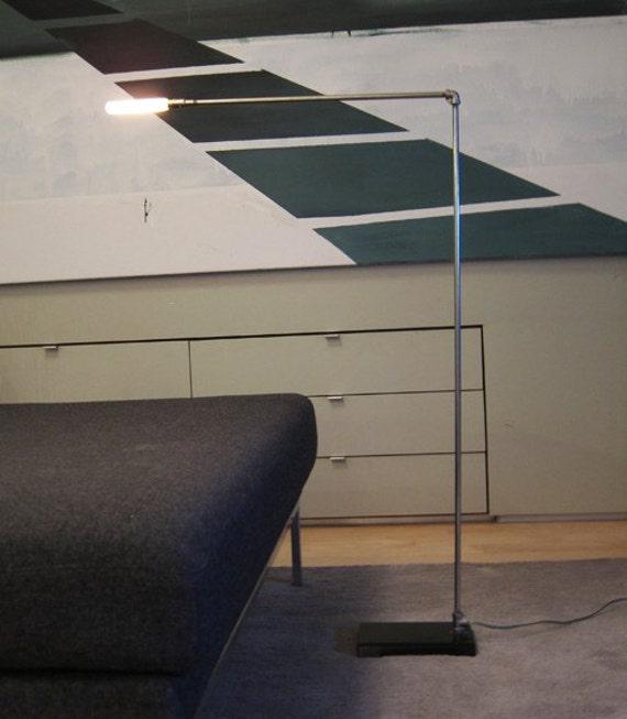 MESH Floor Lamp