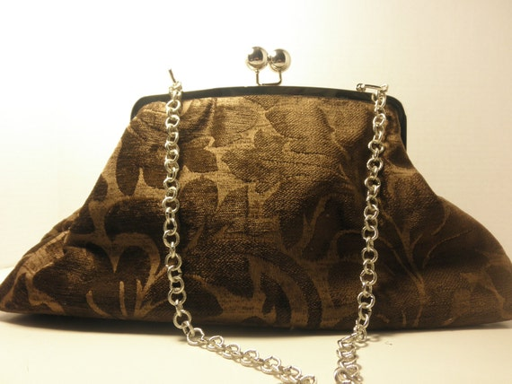 BLOWOUT SALE Brown Chenille Kiss Clasp Purse Handbag