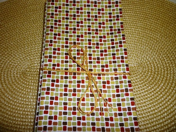 Cloth Dinner Napkins in Green, Burgundy Red, Mustard Yellow, Brown on Cream Background - 18 x 18 - Set of 4