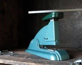 Vintage Swingline Speed Stapler 3