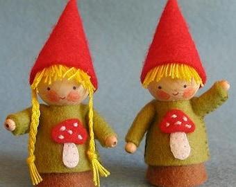 Two Little AUTUMN Gnomes KIT
