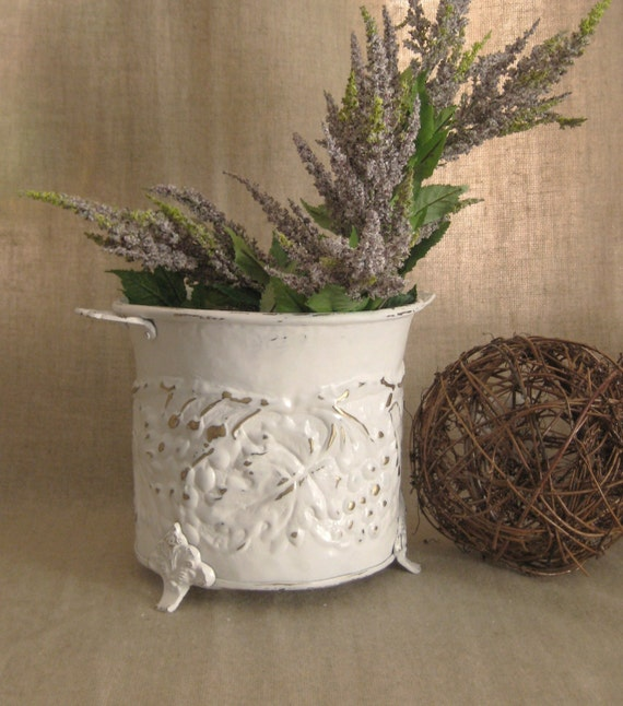 Cottage Chic Embossed White Planter