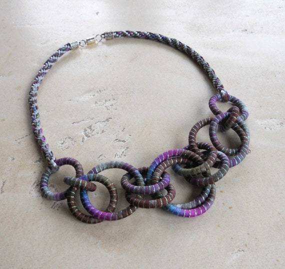 Statement Necklace Chain Iridescent