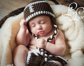 Download PDF crochet pattern - Football beanie, earflap hat and diaper cover - Photography Prop