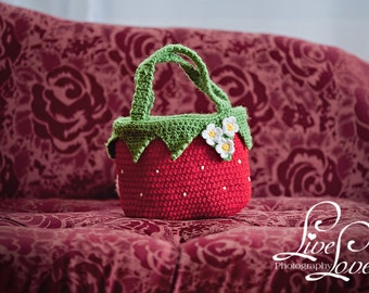 Download PDF crochet pattern - Strawberry bag