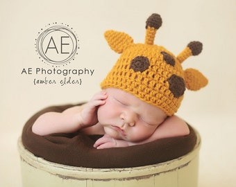 Download PDF crochet pattern 027 - Giraffe beanie - Multiple sizes from newborn through 12 months