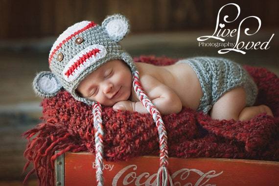 Download PDF crochet pattern - Sock Monkey hat and diaper cover - Photography Prop
