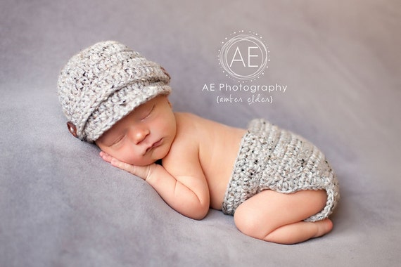 Download PDF crochet pattern - Visor hat and diaper cover - Photography Prop