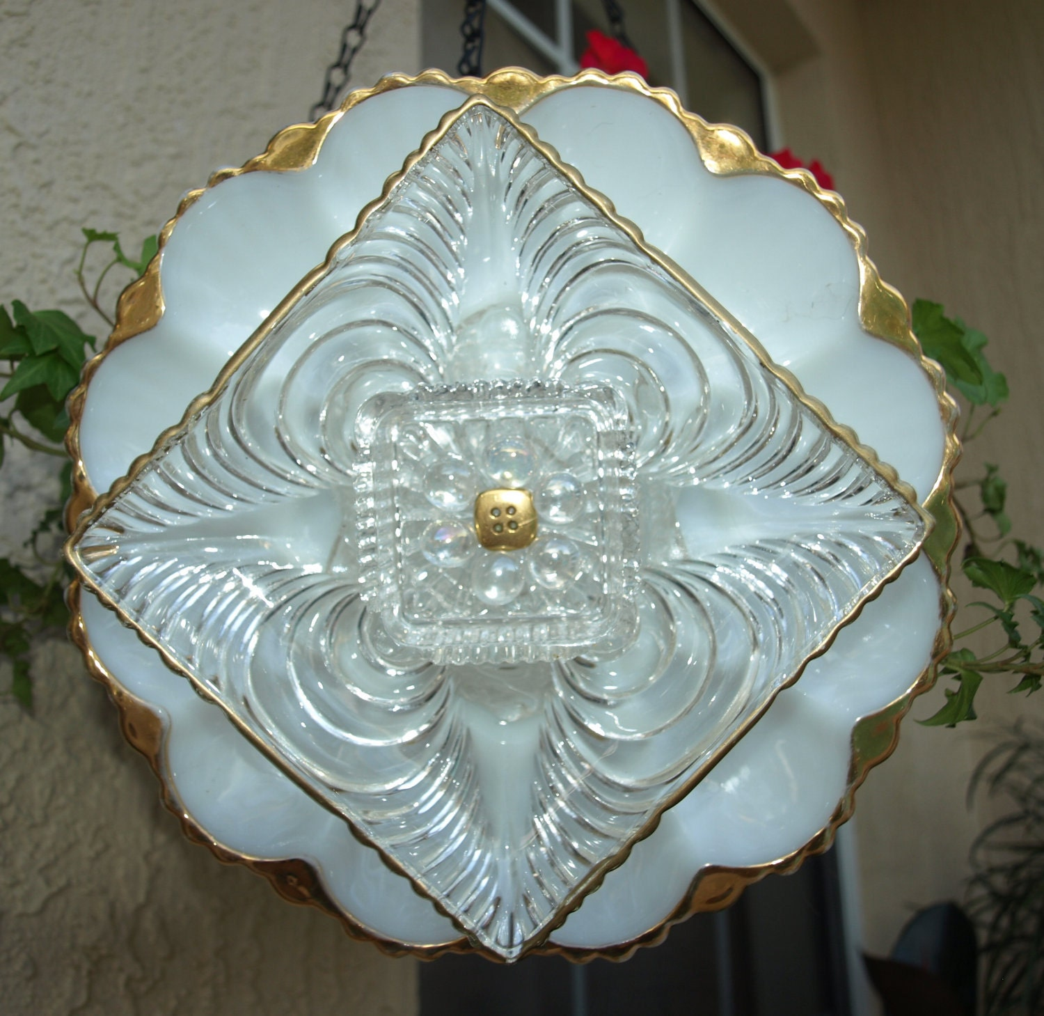 Glass plate flower no kill ever blooming garden by for Flowers made of glass