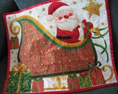 Christmas Advent Calendar Santa and his Sleigh quilted wallhanging, Gender Neutral Christmas Gift, Holiday Decor, Christmas Countdown
