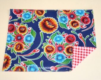 Bloom Navy Reversible Oilcloth Placemats