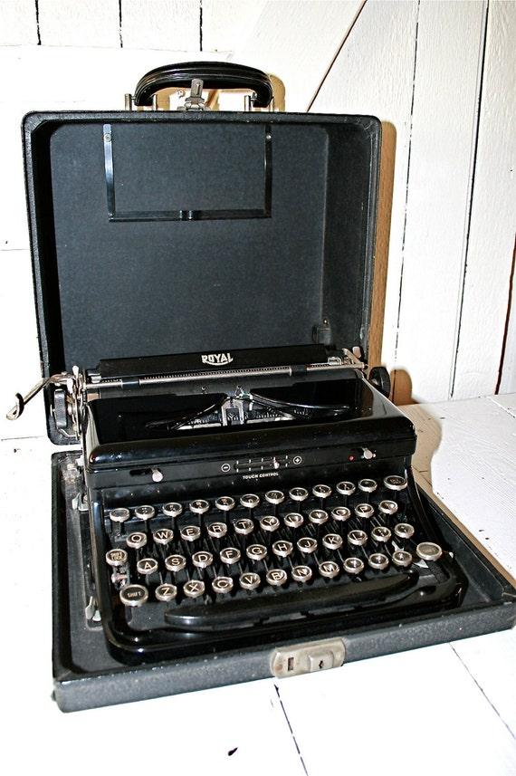 1940's Royal Typewriter