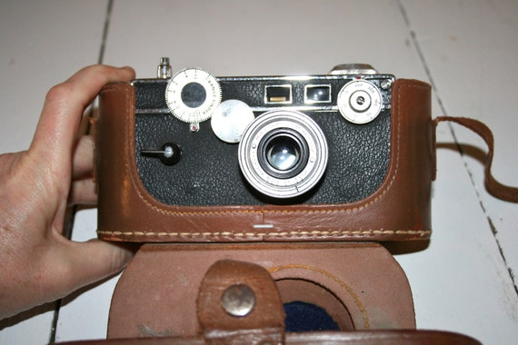 Angus Camera With Leather Case