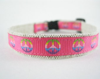 "Pink Peace Signs Organic Cotton 1/2"" collar"